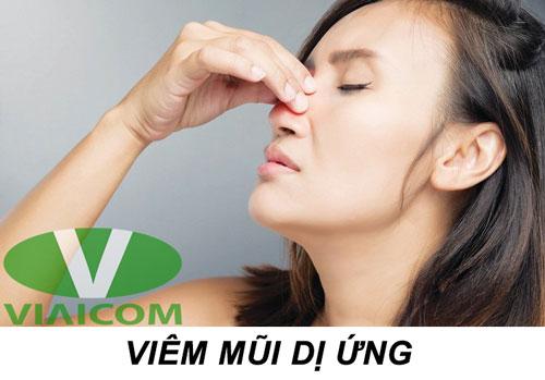ăn tỏi ngâm mật ong chữa viêm xoang, viêm mũi dị ứng