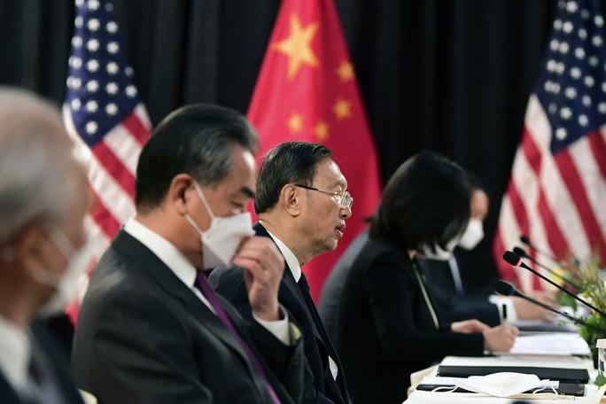 """3 1616132393446705556366 - Đàm phán Mỹ - Trung Quốc: Chỉ trích nhau """"nói lố thời gian"""""""