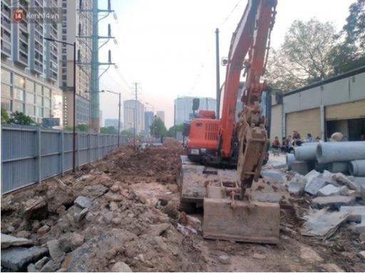 """3 7 e1617931486531 - Sự thật đoạn clip đang đào đường ở Hà Nội thì phát hiện """"một người dưới lòng đất"""""""