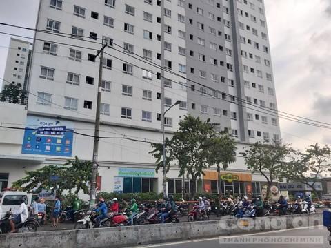 a688f89d f8ed 41cb 8362 04bf453f6904 1280 960 381 - Nhân chứng kể lại 2 nữ sinh cãi nhau trước lúc rơi chung cư ở Sài Gòn