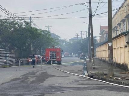 chay HN - Hà Nội: cháy lớn tại khu công nghiệp Phú Thị, 3 người tử vong