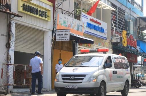 congchung - Công chứng viên ở Hà Nội mắc COVID-19 từng bay vào Sài Gòn, gặp nhiều người, đi nhiều nơi
